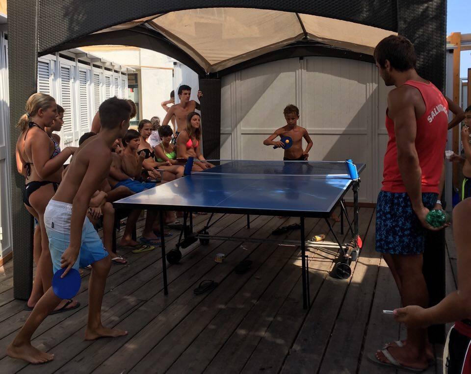 16 Ping pong