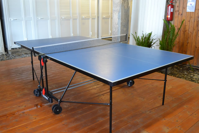 Ping pong cabine
